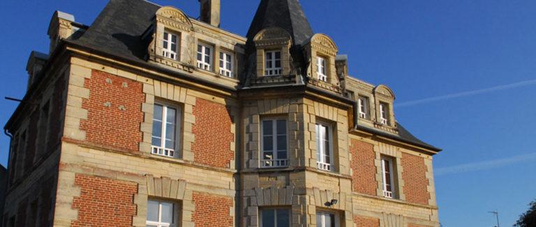 Centre-La-Petite-Falaise1