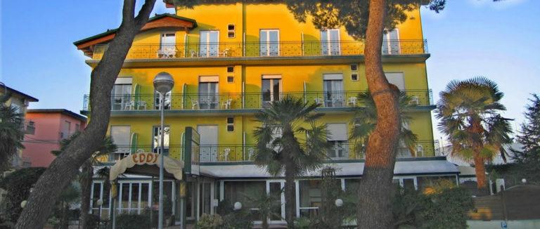 Hoteleddy-1060x450