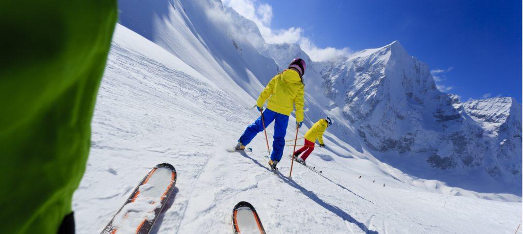 how-to-arrange-school-ski-trip-guide